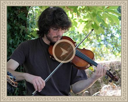 Julien – Violon Oriental
